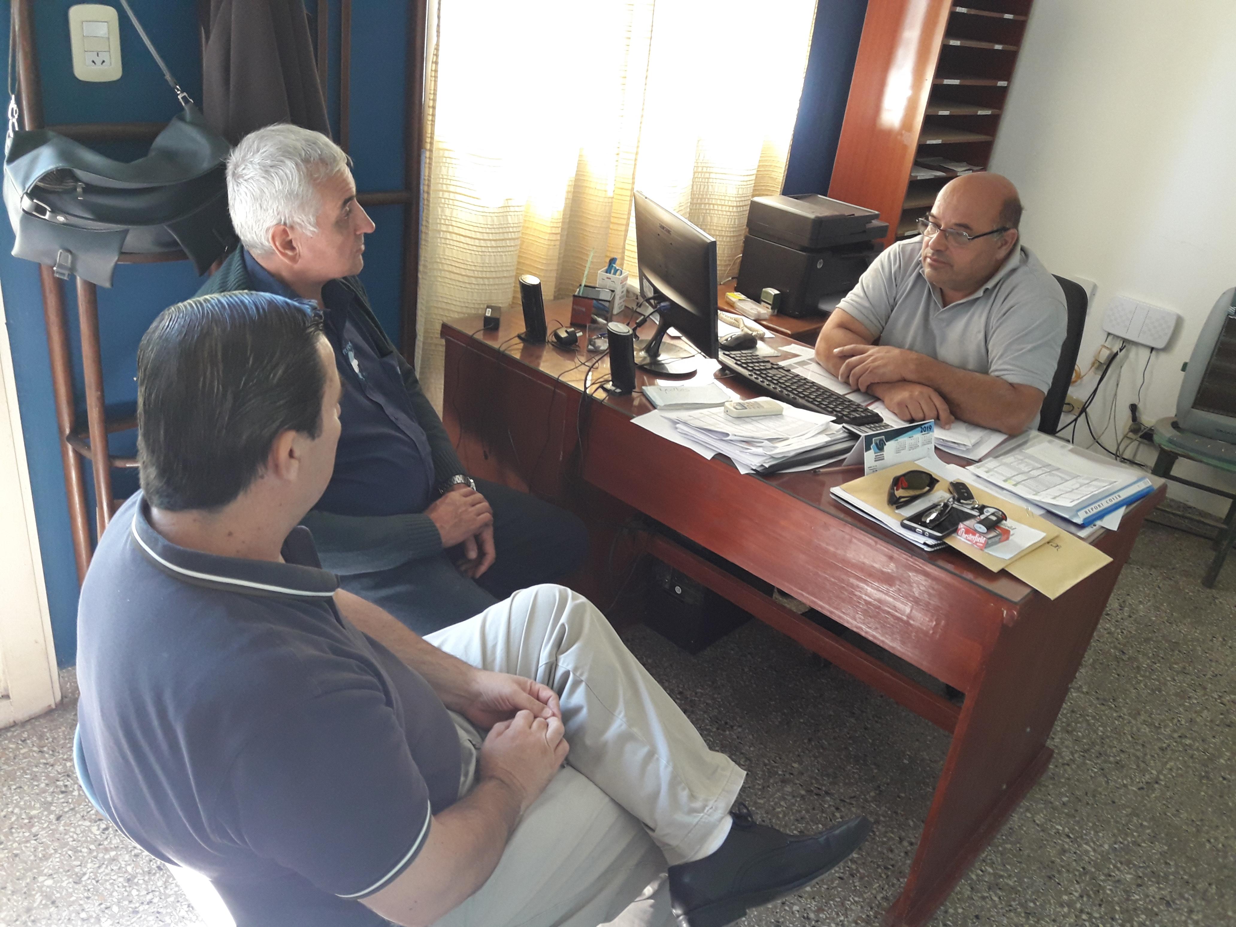Dirigentes de Fe.Tr.a en centro de Transportistas de San Gregorio.