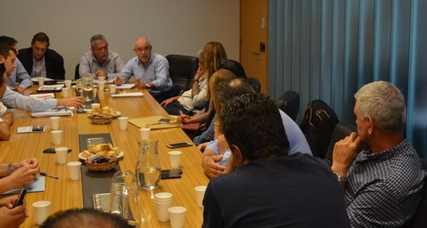 Asoc. Transportistas de Obispo Trejo junto a Fe.Tr.A se reunen con Director de Carga de la Prov. de Córdoba y Directivos de ACA.