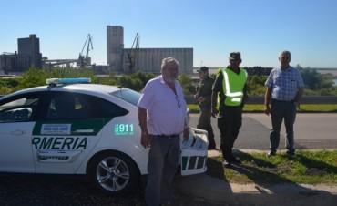 Dirigentes de Fe.Tr.A se reúnen con personal de Gendarmeria presentes en diferentes puntos del cordón Portuario Rosario.