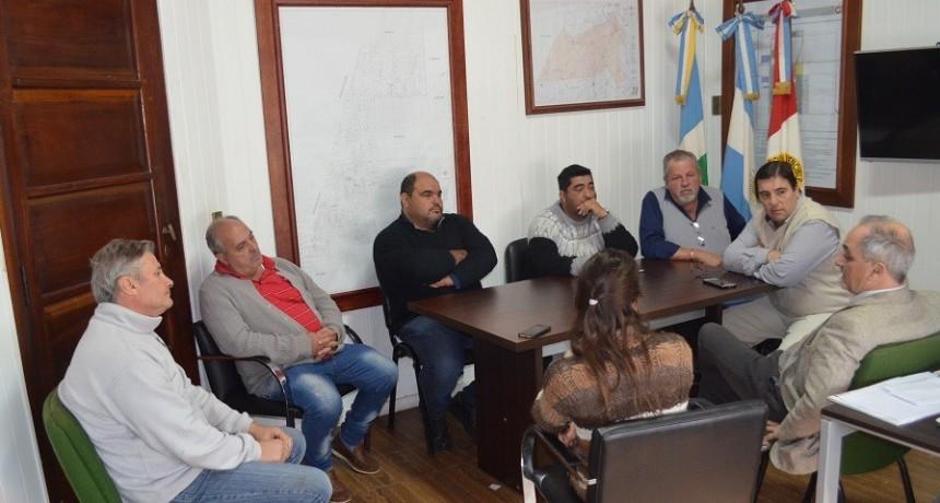 Centro de Transportistas de Chañar Ladeado junto a Fe.Tr.A en Comuna Local.