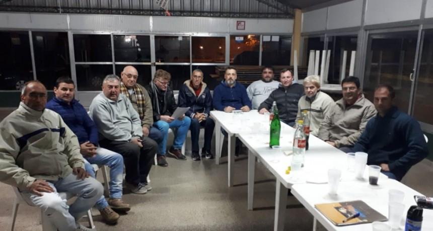Reunión de dirigentes de Fe.Tr.A con transportistas representantes de diferentes Entidades y Asociaciones.