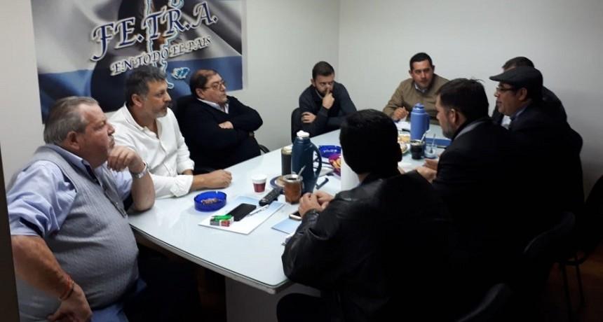 Reunión en la Sede Nacional de Fe.Tr.A con Cámaras, Asociaciones y Síndicatos del Paraguay.
