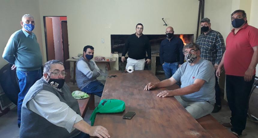 Autoridades del las entidades adheridas de la Localidad de Arribeños se reúnen con dirigentes de Fe.Tr.A