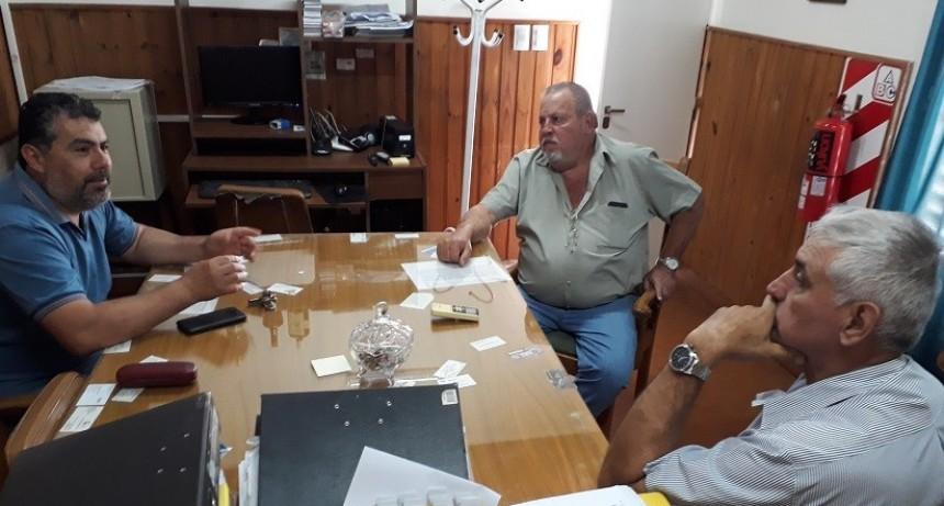 Dirigentes de Fe.Tr.A visitan TRA Venado Tuerto.