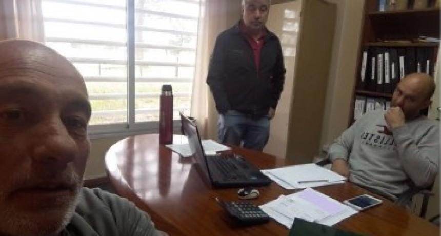 Dirigente de la entidad de Transportistas de Olavarría se reúne con directivo de Igreins.